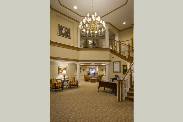 Sunrise of Bloomfield 63105_SunriseofBloomfield_BloomfieldHills_MI_Lobby