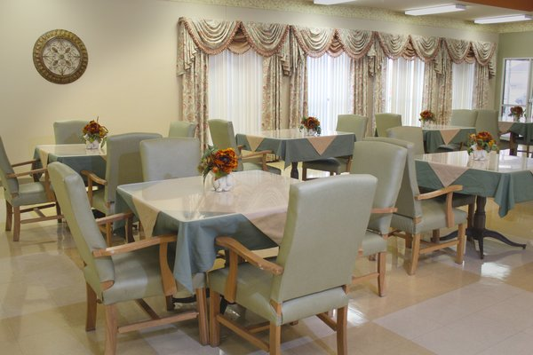Legend Oaks Healthcare And Rehabilitation - East Houston - Dining
